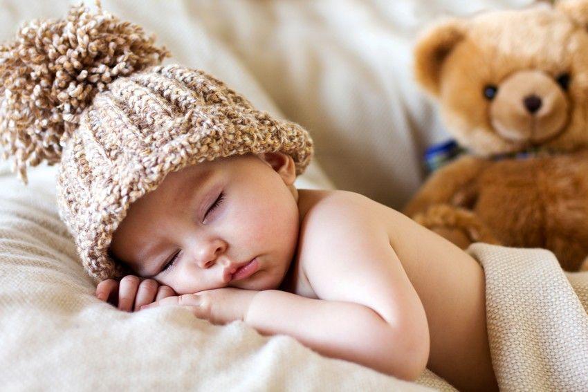 wattierte Decke f/ür Babyschalen Kapuze Zamboo Baby Einschlagdecke Winter mit F/ü/ßen Reboarder und Kinderwagen passend f/ür Maxi-Cosi, Cybex, R/ömer Tasche Grau