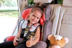 Kindersitzpflicht-und-Regelungen